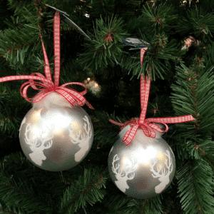 Boule de Noël Blanche Argenté Renne ruban Rouge
